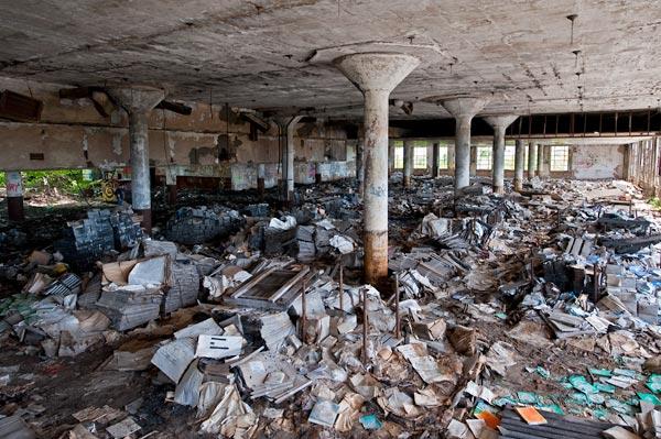 derelict-library